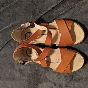 Abeo size 38 brown leather sandals
